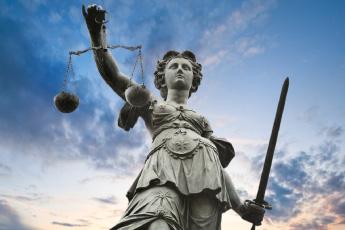 Homophobie au tribunal de versailles
